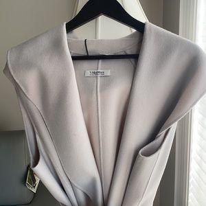 Super elegant , classy Max Mara NWT vest